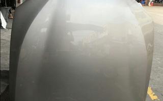 寶馬G38前機蓋 三元催化 鼓風機 倒車鏡 雨刮連動桿圖片
