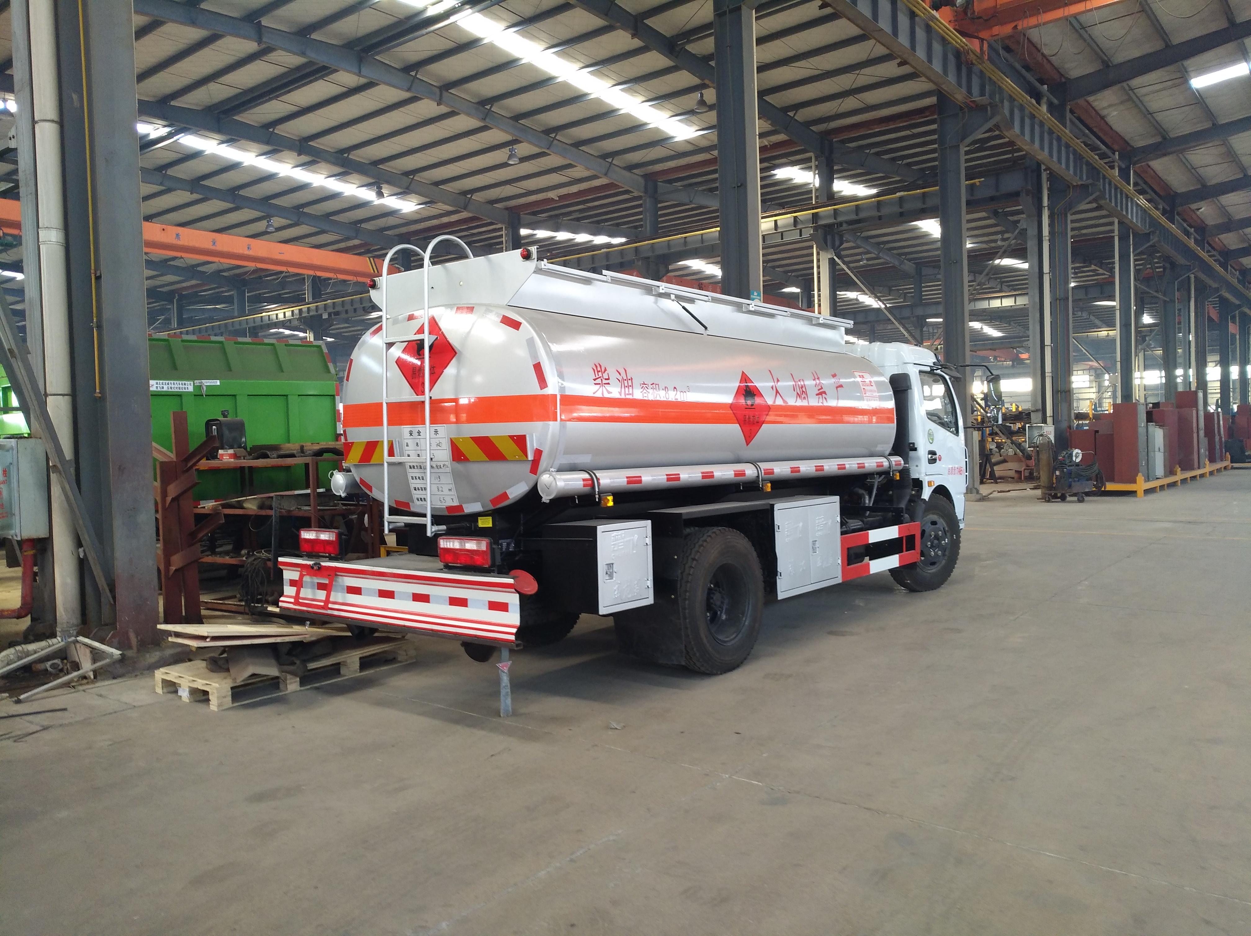 6噸8噸油罐車