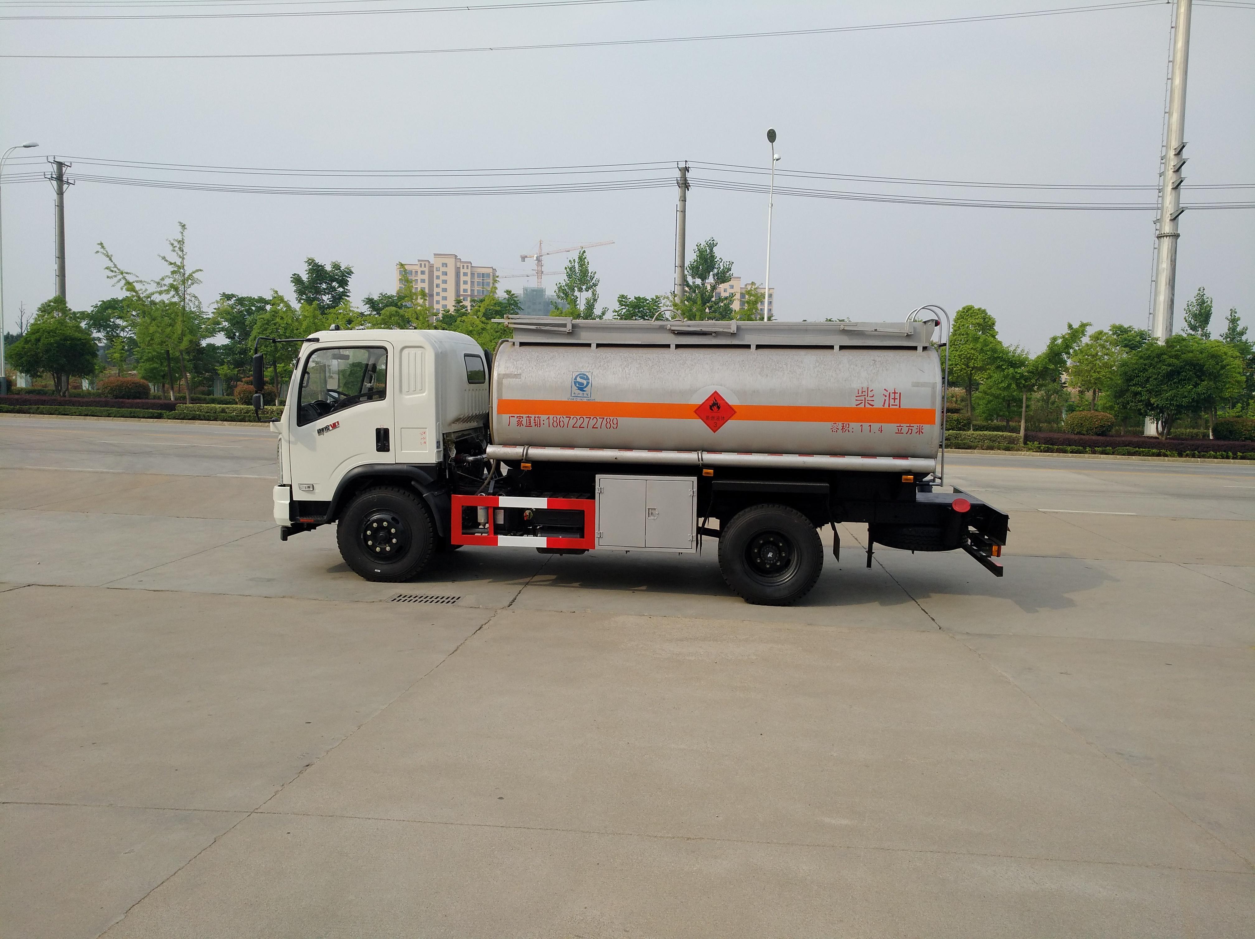 東風10噸加油車油罐車運油車圖片