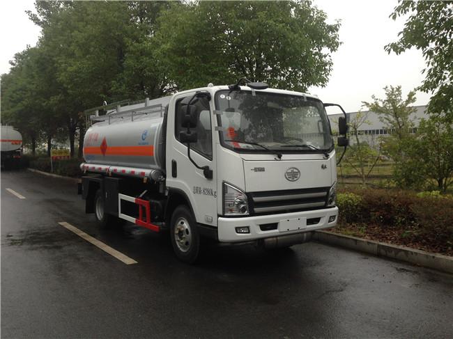 解放加油車4噸(汽柴煤油)110馬力