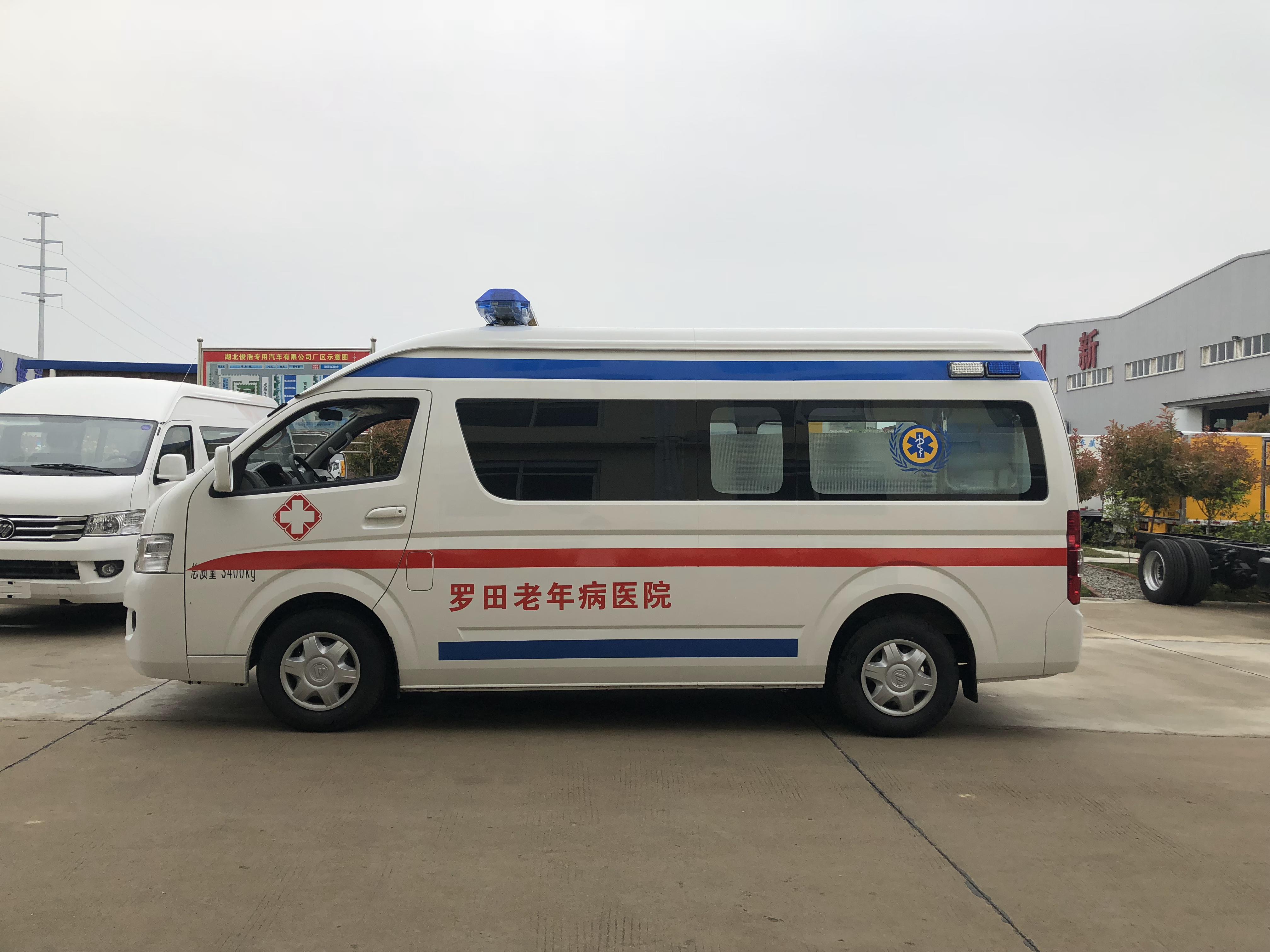 福田G9救护车 (10)