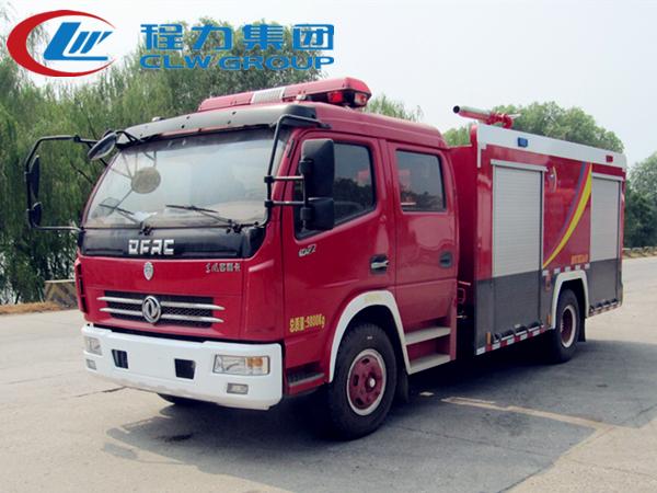 東風3.5噸泡沫消防車