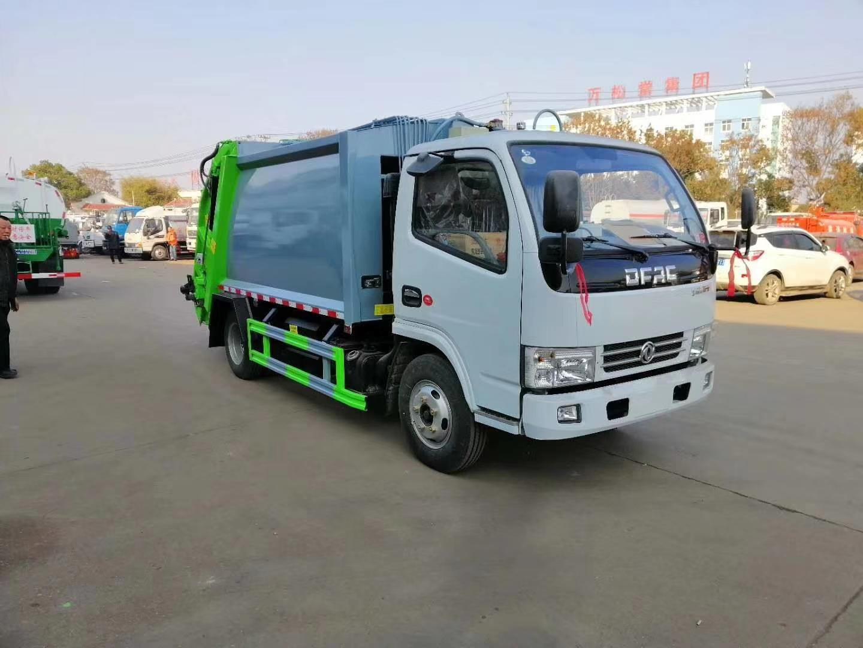 东风小多利卡D6后装压缩式垃圾车图片