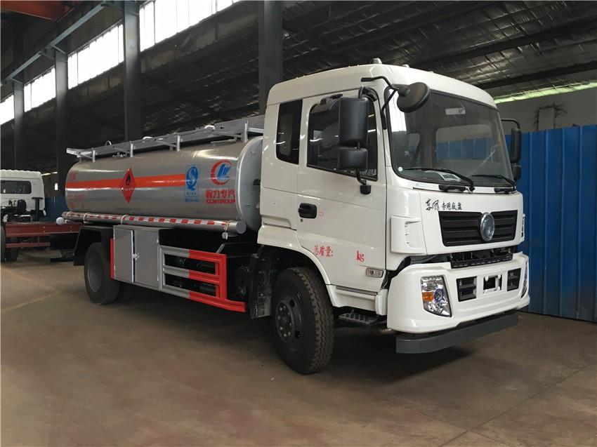 10吨加油车