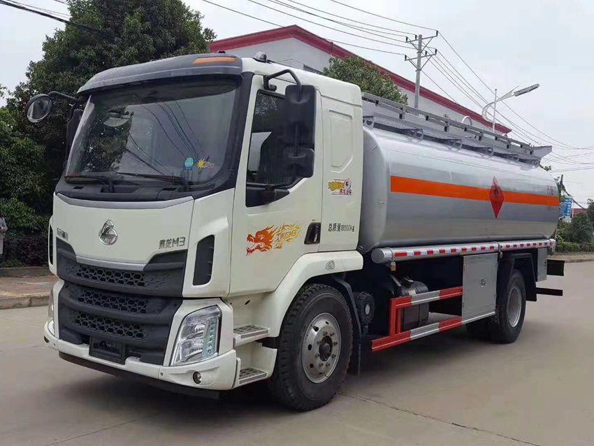 15吨加油车