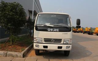 东风多利卡(5方)CLW5070ZYSD5压缩式垃圾车
