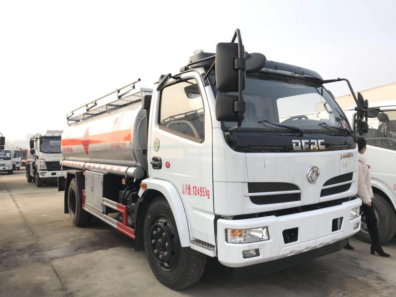 东风多利卡5吨油罐车厂家_国五