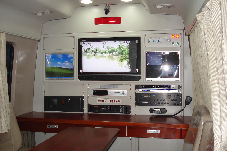 V348通讯指挥车 (1)