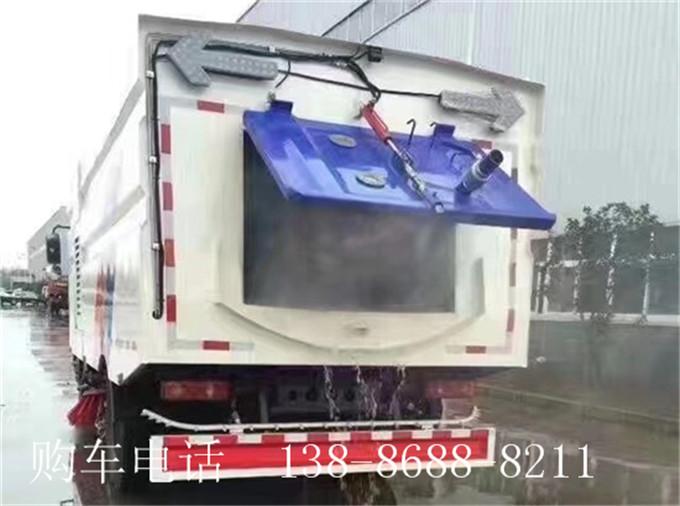 东风天锦洗扫车11