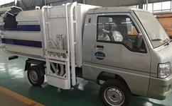 新能源小型电动环卫垃圾车成了环卫工作人员的一种指示标志