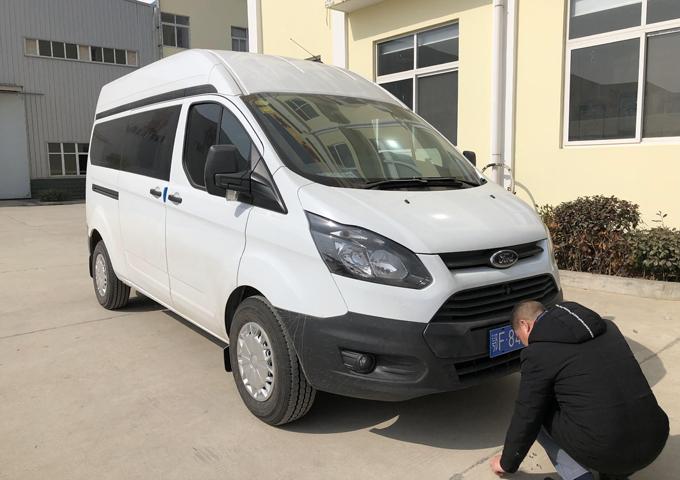 新全顺V362医疗服务车