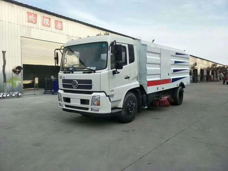 国五东风12吨扫路车配置价格
