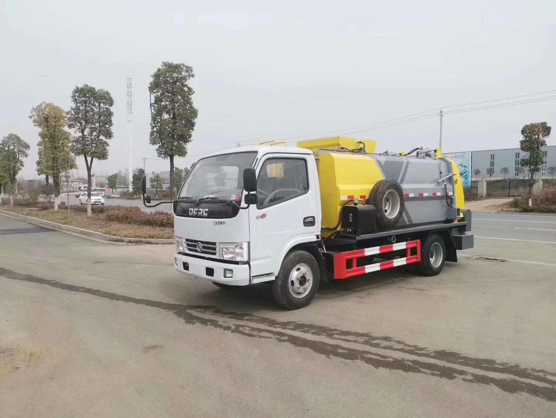 新款蓝牌东风小多利卡餐厨垃圾车,泔水收集的最佳车辆选择