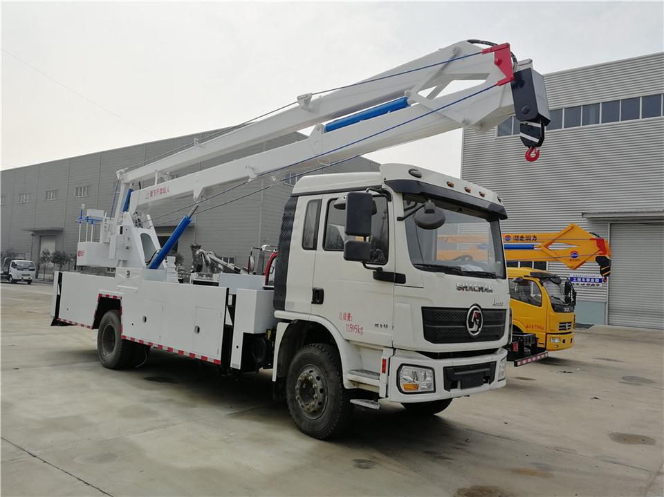 陕汽20米叠臂式高空作业车出口车型