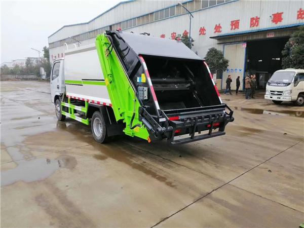 2019年最实用的一款东风多利卡D6多功能后装压缩式垃圾车