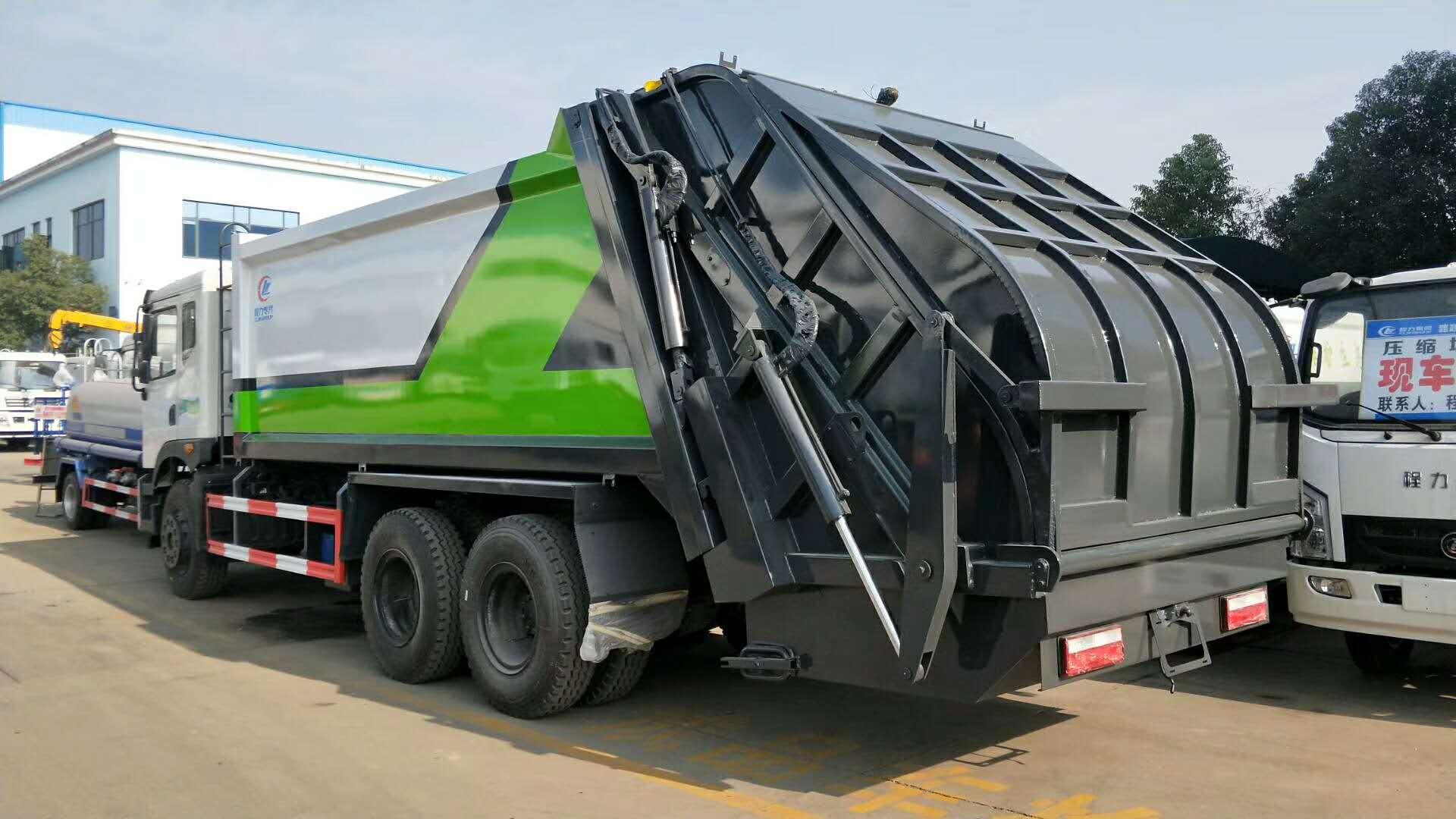 东风御龙后双桥18吨压缩式垃圾车图片