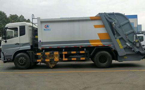 12方压缩垃圾车的工作原理视频
