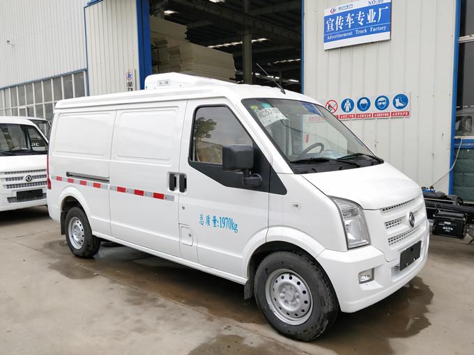 东风小康C35面包式冷藏车(3.5立方)