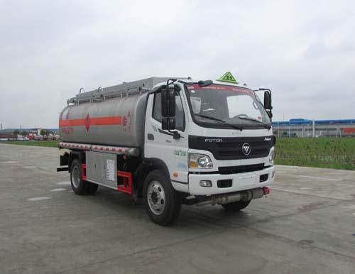 福田欧马可8吨油罐车