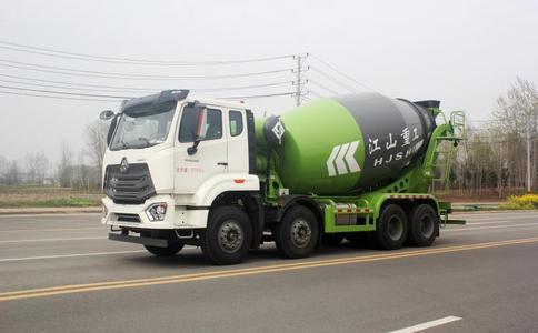 12方水泥罐车,轻量化搅拌车大量现车出发