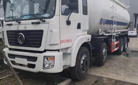 东风25方轻量化粉粒物料运输车