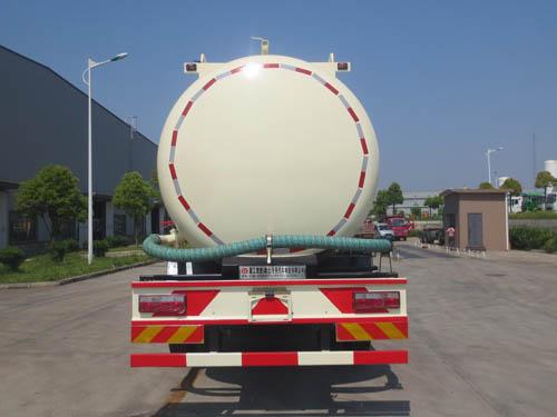 CSC5168GFLE5型低密度粉粒物料運輸車5