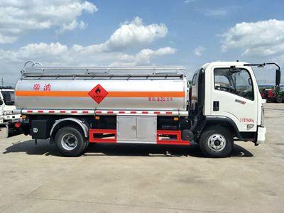 东风新款多利卡8吨加油车图片
