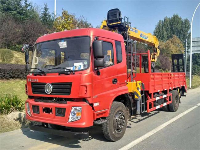 东风专底8吨徐工随车起重运输车图片1