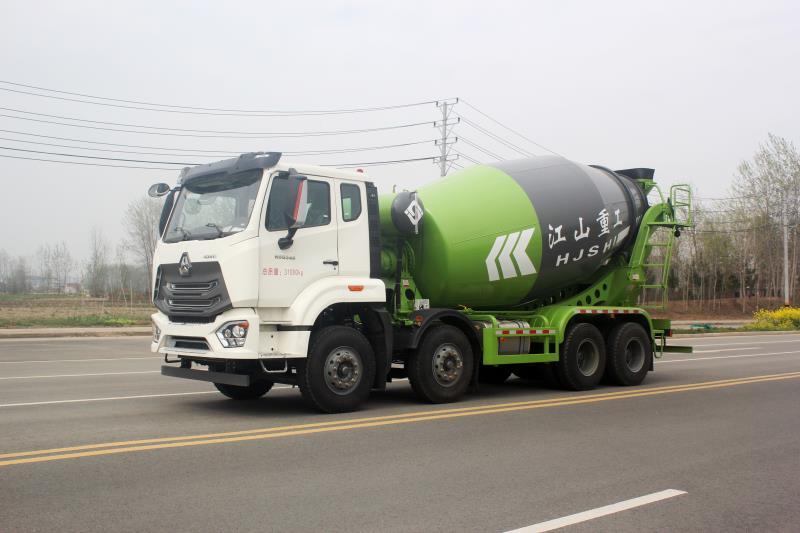 國六重汽斯太爾DPF車型攪拌車