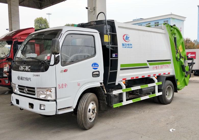 6方壓縮式垃圾車(東風小多利卡)