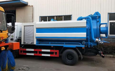 东风蓝牌6吨高压清洗吸污车厂家直销视频