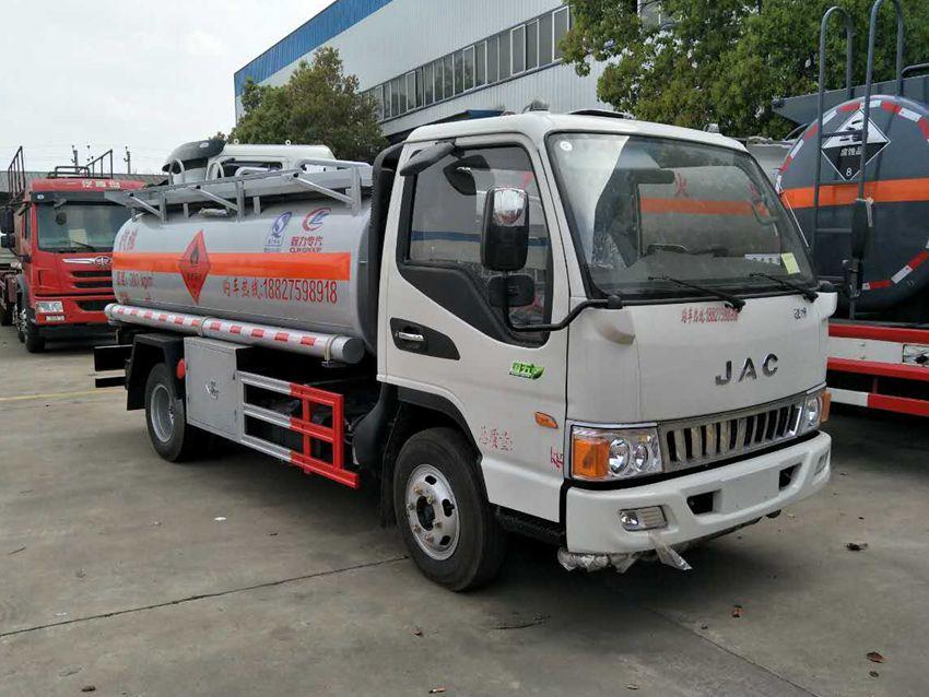 江淮小型5吨加油车