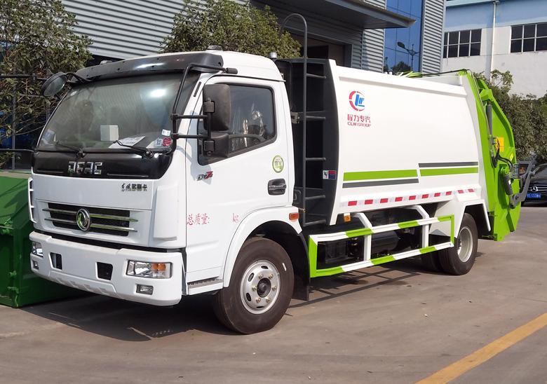 8方壓縮垃圾車(東風大多利卡)圖片
