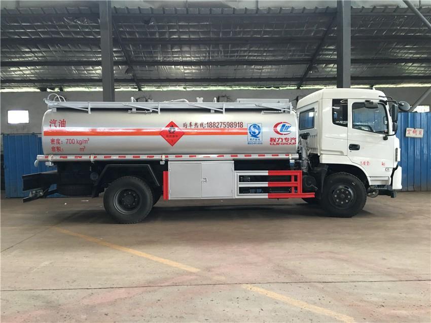 东风专底10吨加油车
