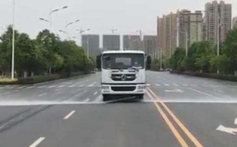 天锦15吨洒水车操作视频