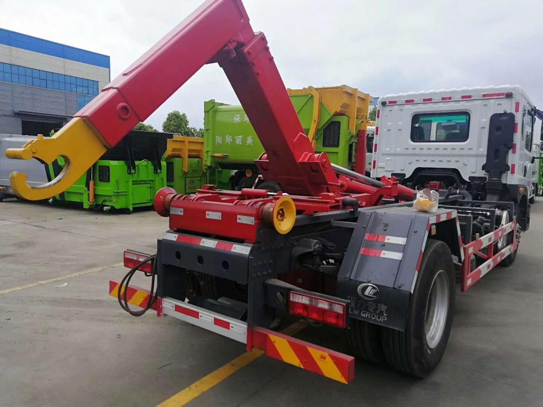 东风12吨勾臂垃圾车图片