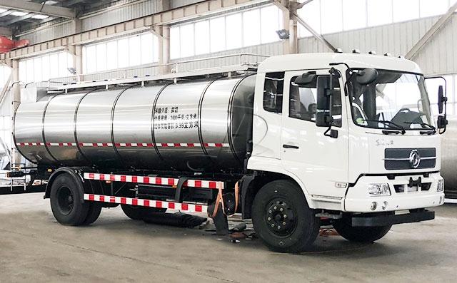 食用油运输车 东风牛奶液体运输车图片
