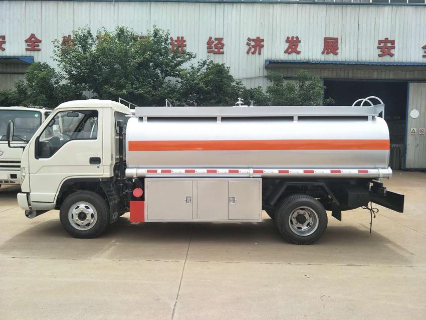 不上户福田时代5吨加油车