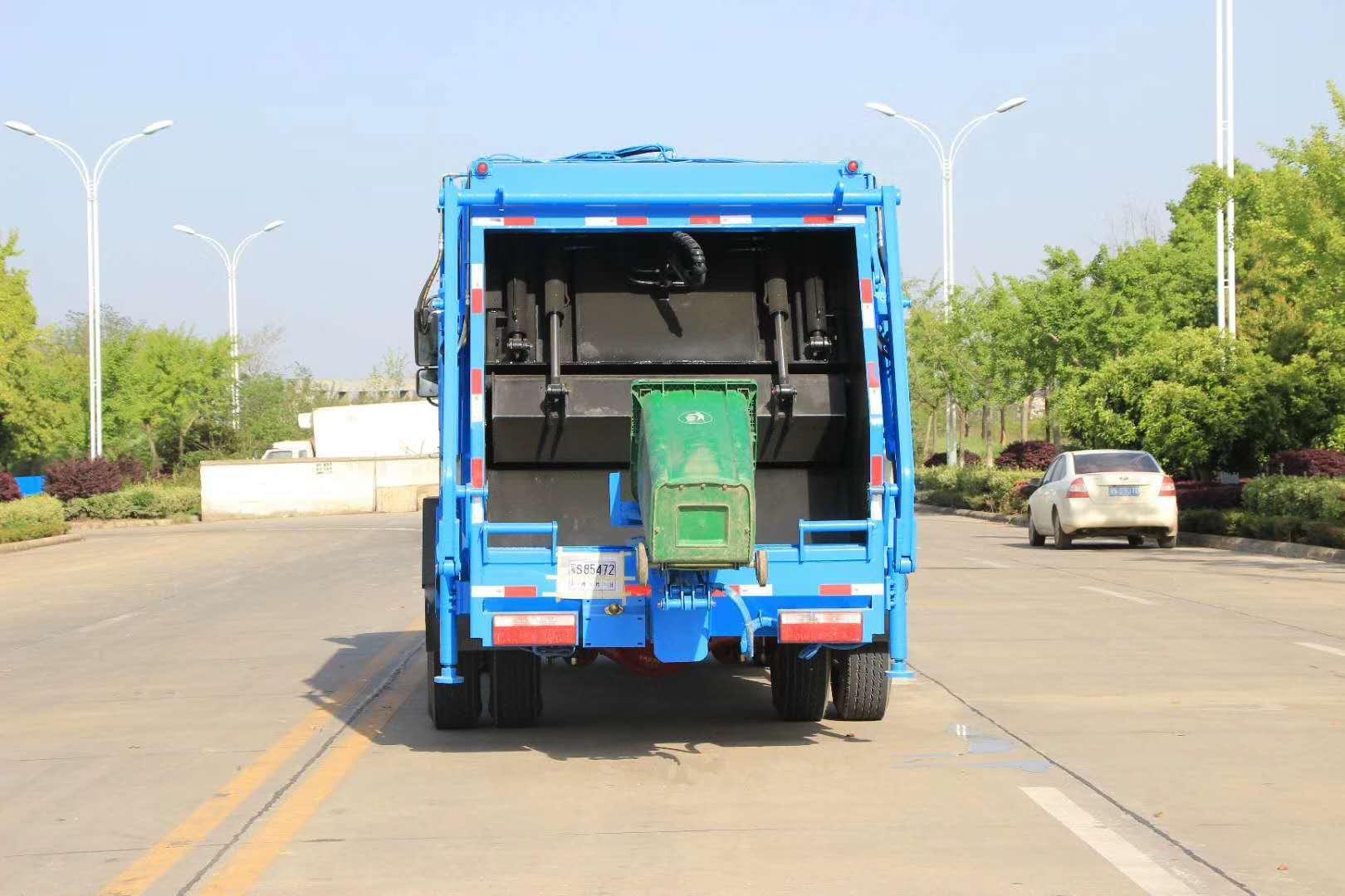 国五12吨后装压缩垃圾车图片