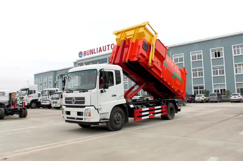 东风天锦16吨勾臂垃圾车,搭配12方移动压缩箱!