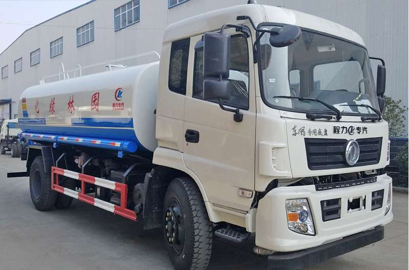 新款東風多利卡12噸綠化灑水車