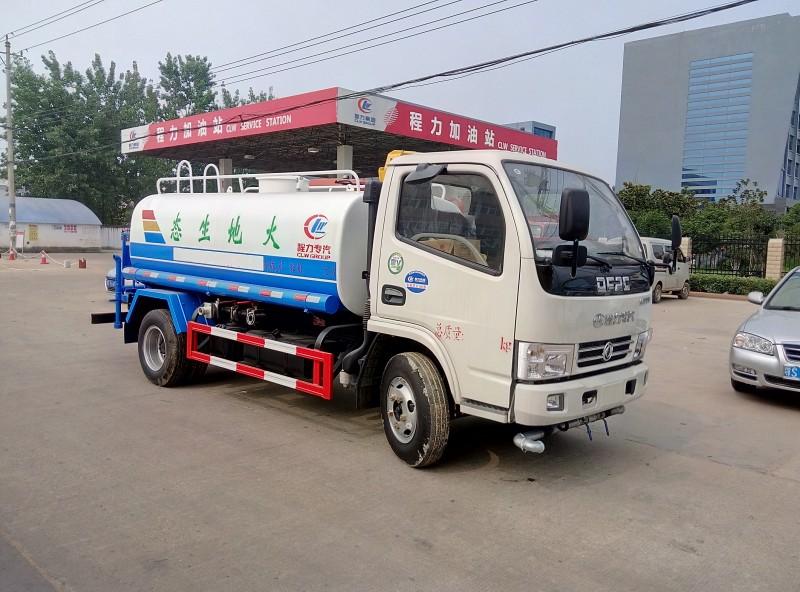 湖北程力环卫车畅销全球,东风5吨绿化洒水车谁与争锋!