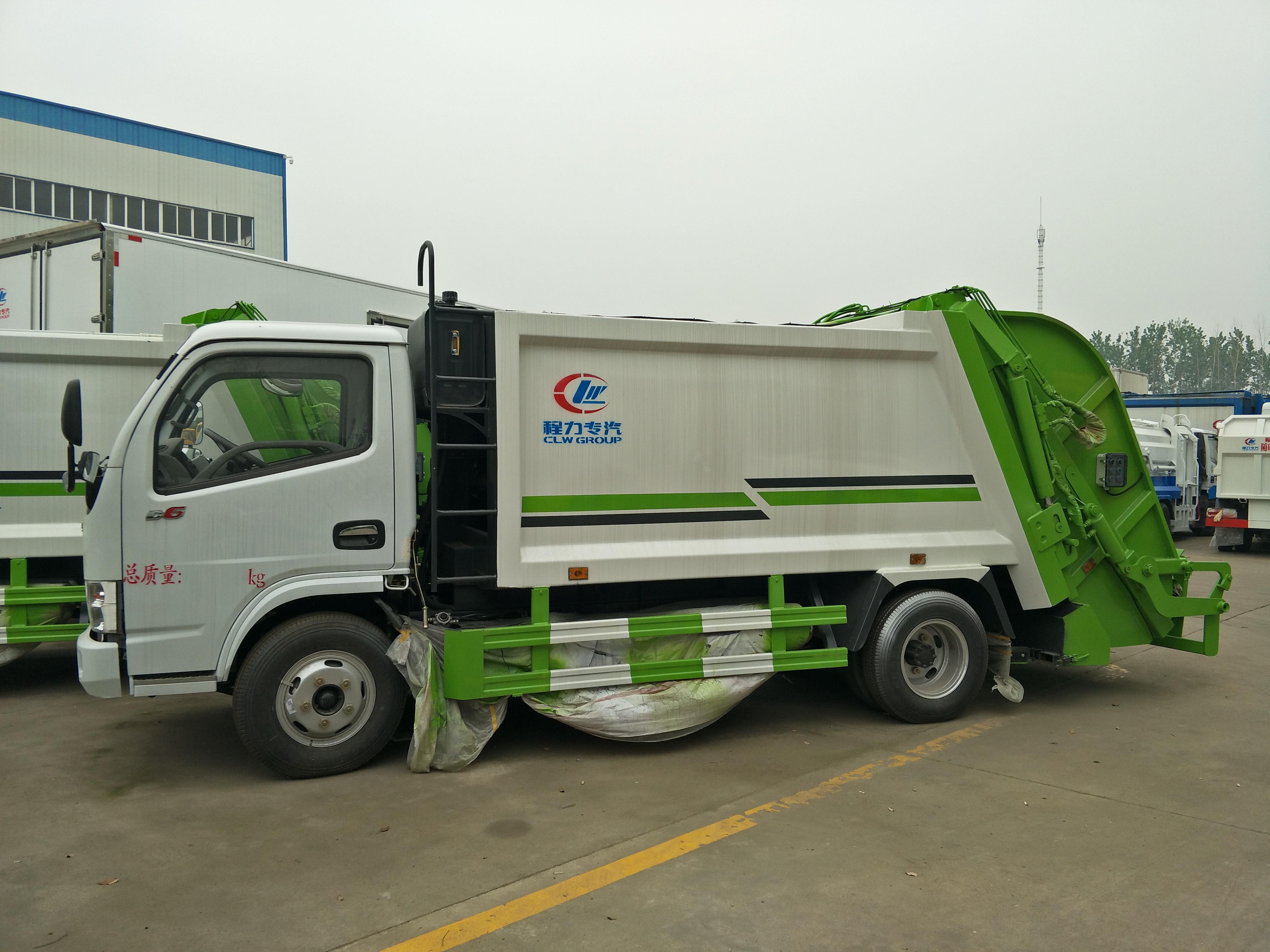 东风D6小多利卡5方压缩垃圾车图片