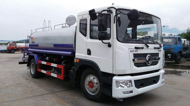 東風大多利卡D9 康機180馬力12噸綠化灑水車圖片