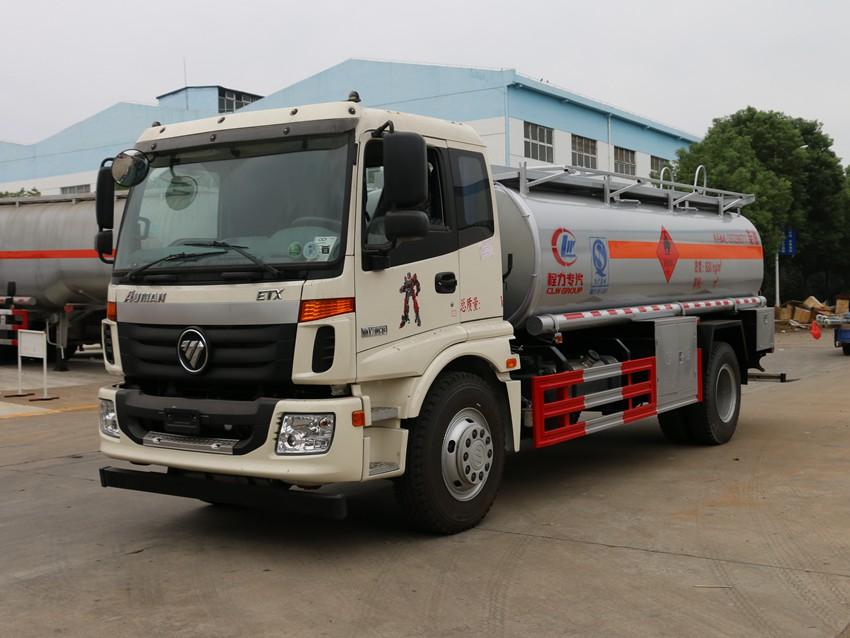 福田欧曼10吨加油车