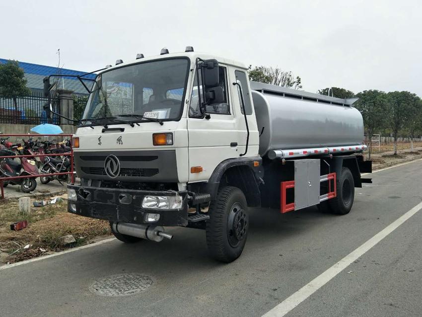 东风145不上户10吨加油车