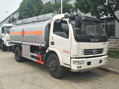 东风D7多利卡10吨加油车