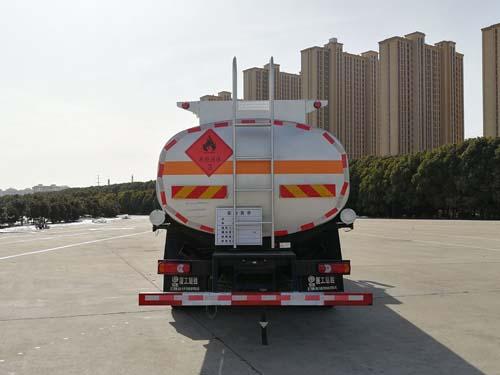 东风专底10吨加油车正后照