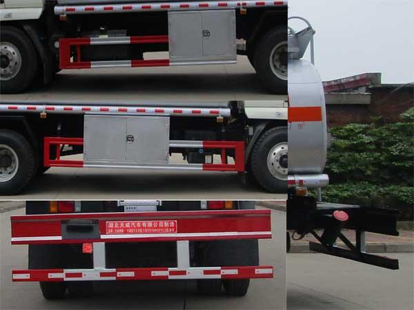 柳汽乘龙15吨加油车细节图