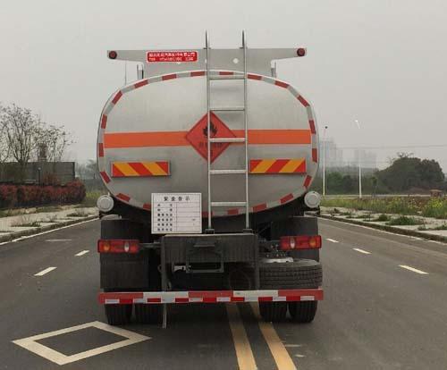 东风天锦12吨加油车正后方